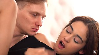 Stunning babe Ginebra Bellucci is making love with her new boyfriend