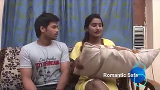 Sexy aunty hot romance with her young nephew hot aunty #hotclips #hottystar