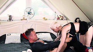 german short hair blonde milf fuck with big tits