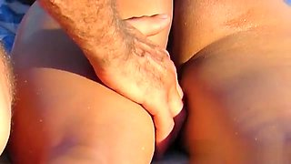 Amateur Voyeur Beach Nude MILFs Pussy and Ass Close up