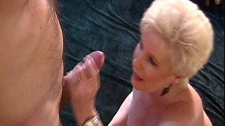 Granny Jewel (Champange) Sperm in My Throat