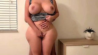 Hot milf with insanely big butt and tits fuck at my place