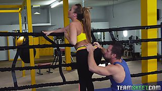Sport babe Richelle Ryan gets intimate with her boxing coach right in the ring