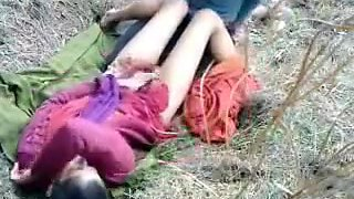 Indian college couple outdoor sex
