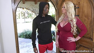 Killing hot white mommy Alura Jenson goes black in front of her stepson