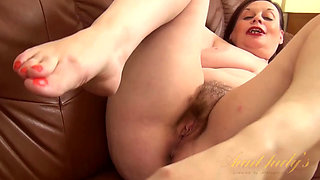 old lady makes my dick hard