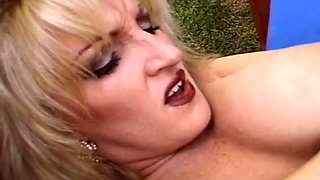 Outdoor Threesome For Trashy Blonde