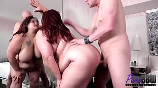 BBW housewife gets sexy in Vegas