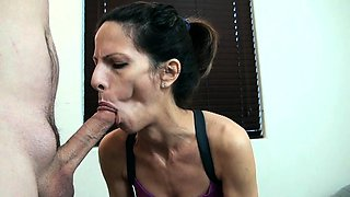 German amateur couple doggystyle fucking