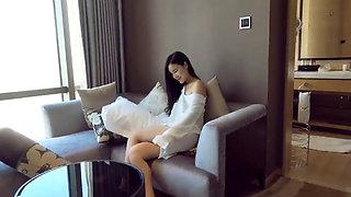 Chinese Cameraman Fucks Model