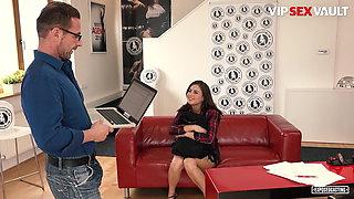 VipSexVault - Hot Ukrainian Nikki Waine Has Rough Fun At Casting