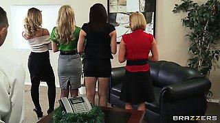 Office 4-Play: Christmas Edition!