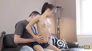 OLD4K. Old guitarist and adorable European brunette have sex on the couch