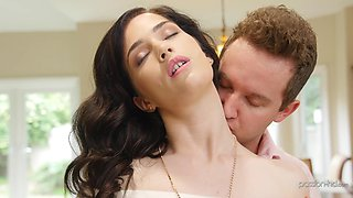 Trimmed pusy wife Evelyn Claire moans with pleasure from sex