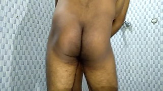Aunt with a big ass has morning fuck in the bathroom