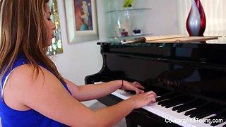 Brunette Hottie Gets Her Hairy Pussy Eaten By Her Piano Teacher - CougarsandTeens