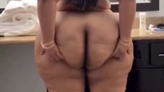 Johana Maya Enough Ass To Feed A Continent! Apex status 1080p