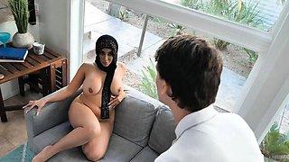 Pleasing Arab cougar