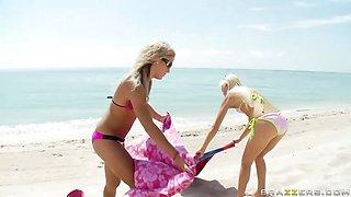 Blonde Beach Brats Get Blasted