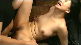 Japanese mature hard fuck 001